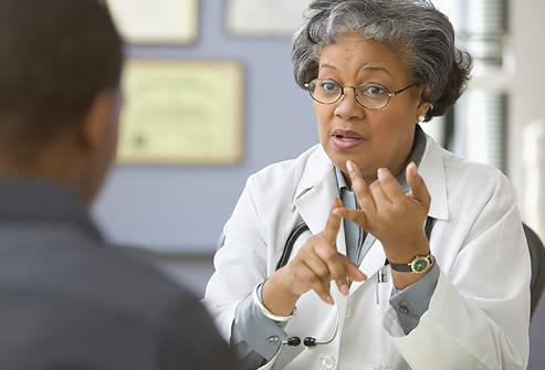 Sử dụng thuốc ngủ, thuốc hạ sốt theo chỉ dẫn của bác sĩ sẽ làm giảm tác hại của thuốc an thần