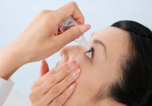 Thuốc nhỏ mắt rất đa dạng trên thị trường