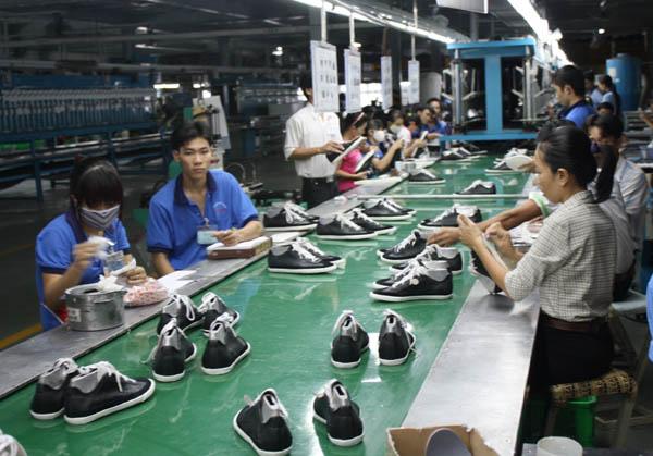 Tình hình sản xuất kinh doanh của các doanh nghiệp vẫn còn khó khăn, nhưng theo báo cáo của các bộ, ngành, địa phương, phần lớn các doanh nghiệp đã có phương án duy trì mức lương, thưởng Tết