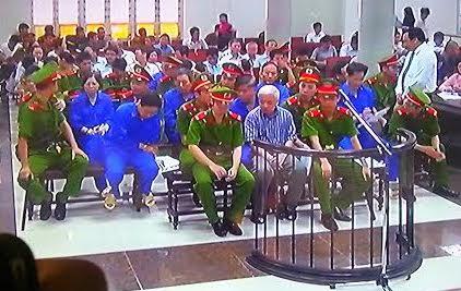 Phiên tòa xét xử bầu Kiên sáng 23 tháng 5