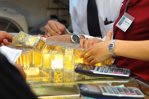 giá vàng trong nước lại giảm