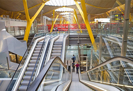 Sân bay Madrid-Barajas Airport