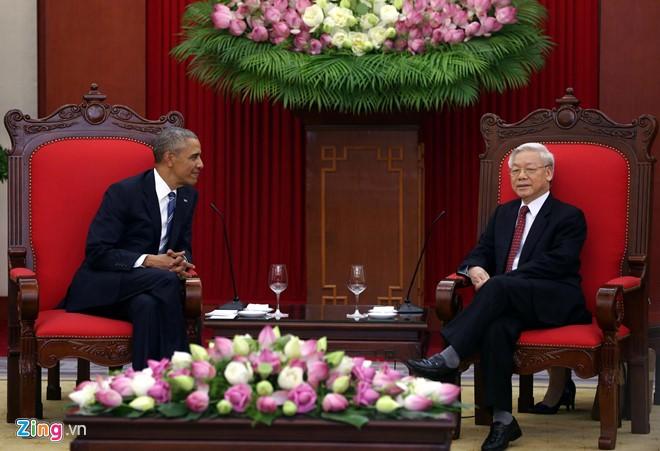 Tại cuộc tiếp, Tổng Bí thư Nguyễn Phú Trọng bày tỏ vui mừng gặp lại Tổng thống Barack Obama tại Việt Nam; đánh giá cao ý nghĩa và tầm quan trọng chuyến thăm của Tổng thống Barack Obama, coi đây là sự tái khẳng định cam kết của lãnh đạo hai nước đối với quan hệ Đối tác toàn diện Việt - Mỹ. Ảnh: Zing News