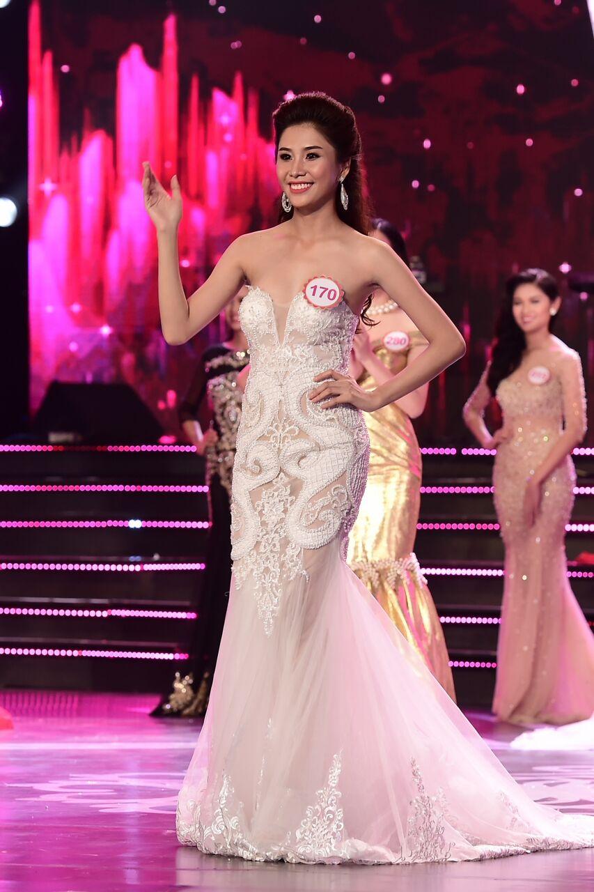Phan Thị Hồng Phúc là một trong số 18 thí sinh phía Nam bước tiếp vào vòng chung kết Hoa hậu Việt Nam 2016.