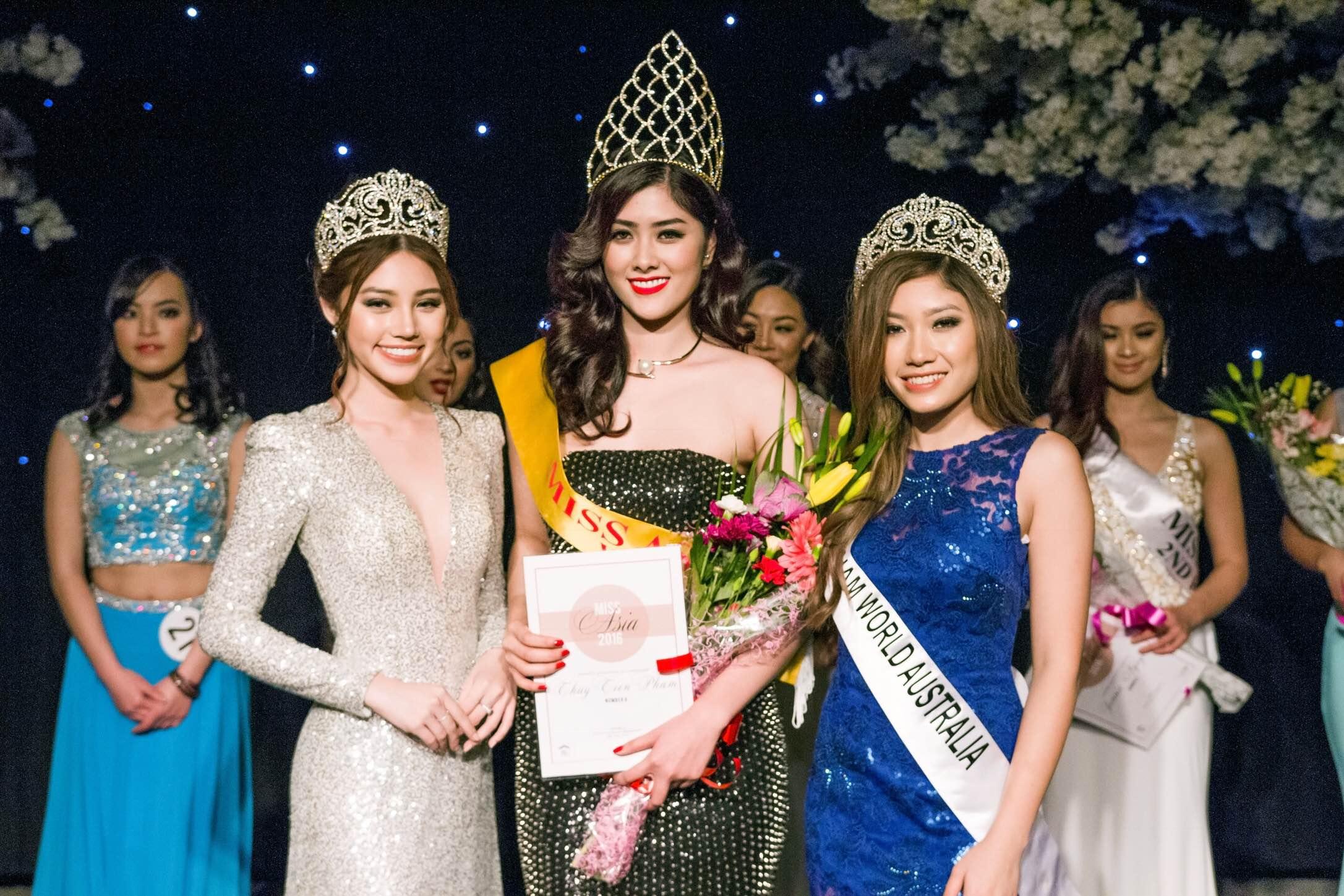 Chân dài Huỳnh Tiên tiếp tục mang đến những sóng gió khi bất ngờ chia sẻ hình ảnh đăng quang ngôi vị cao nhất trong cuộc thi Hoa hậu Châu Á 2016, cô nhận được nhiều lời chúc mừng cũng như tán thưởng từ công chúng.
