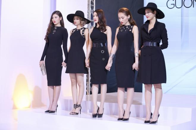 5 cô gái của team HLV Hồ Ngọc Hà.