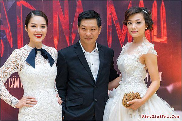 Trên trang facebook của Phạm Việt Anh Khoa rất kín đáo. Anh không đăng tải bất cứ hình ảnh nào về Dương Cẩm Lynh hay thông tin cá nhân.