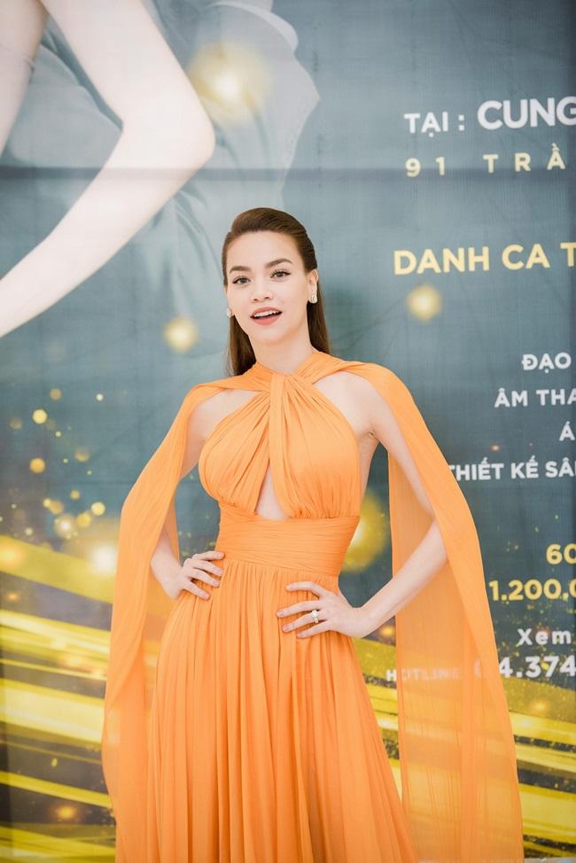 Thêm vào đó, mới đây, cô quyết định tổ chức đêm nhạc Love Songs tại Hà Nội.