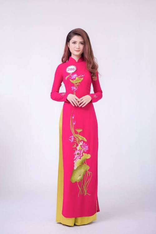 Thứ hai là Trần Huyền Trang.
