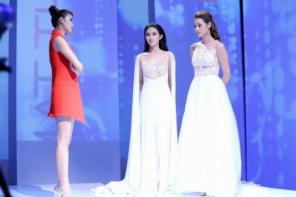 Trước đó Phạm Hương loại Thu Hiền đội Kim Chi mà không phải Lily Nguyễn dù Thu Hiền đã làm tốt.
