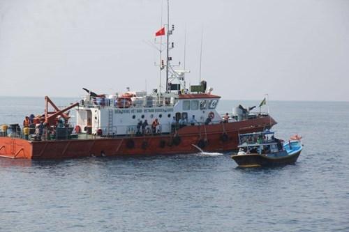 Mảnh vỡ của máy bay rơi ở đảo Phú Quý sẽ được trục vớt trong ngày hôm nay