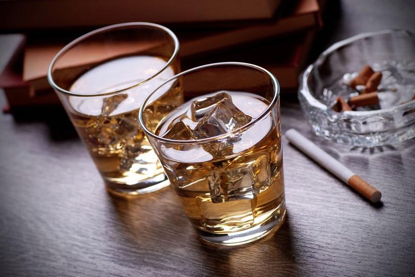 Sử dụng rượu bia cùng thuốc ngủ, nguy cơ tử vong cao đột biến