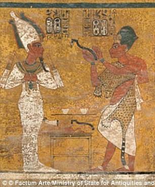 Một phần bức tượng trong hầm mộ Tutankhamun