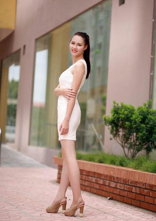 Phạm Thùy Trang thích nghe nhạc, múa, ham đọc sách, vẽ tranh.