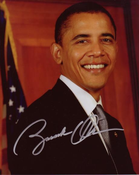 Đây lại là một kiểu chữ ký có phần hơi khác của vị Tổng thống quyền lực thứ 44 của Hoa Kỳ.