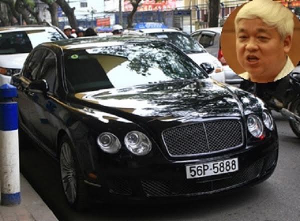 Bầu Kiên cũng được liệt vào danh sách những đại gia 'chịu chơi' khi được cho là người sở hữu 2 siêu xe Bentley Continental Flying Spur và Rolls-Royce Phantom phiên bản Rồng tổng trị giá hơn 50 tỷ đồng. Chiếc xe sở hữu biển số không dễ tìm 51A-336.88.