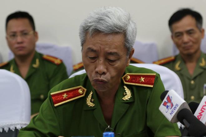 Ông Phan Anh Minh chủ trì buổi họp báo về vụ chủ quán café bị khởi tố vì kinh doanh trái phép