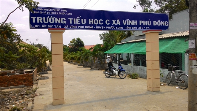 Trường Tiểu học C xã Vĩnh Phú Đông nơi xảy ra vụ việc, theo những tin pháp luật an ninh 24h qua