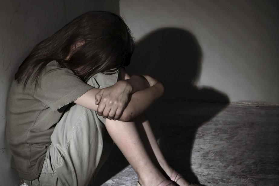 Trong những tin pháp luật an ninh 24h qua có vụ lão già U80 nhiều lần hiếp dâm trẻ hàng xóm rồi đi khoe khắp làng