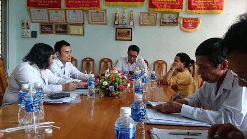 Khung cảnh buổi thương lượng bồi thường án oan Huỳnh Văn Nén, theo những tin pháp luật online mới nhất hôm nay