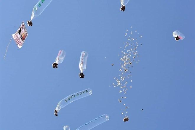 Các nhà hoạt động Hàn Quốc thả bóng bay mang truyền đơn chống Triều Tiên