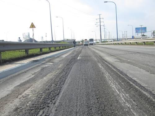 tin tức mới cập nhật hôm nay cho biết TPHCM khẩn trương sửa chữa đại lộ nghìn tỷ bị lún sâu