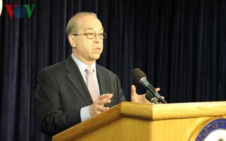 Trợ lý Ngoại trưởng Mỹ Daniel Russel