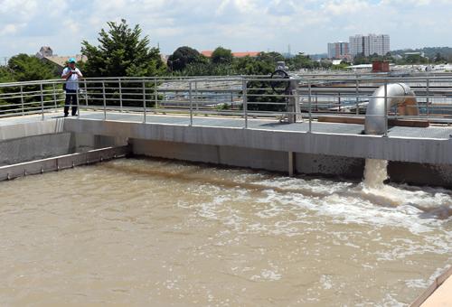 Tin tức mới cập nhật trong nước cho hay Thủ Đức III là nhà máy nước đầu tiên tại TP HCM xử lý nước bằng công nghệ của Đức