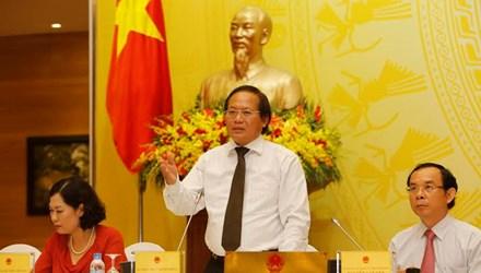 Thứ trưởng Bộ TT&TT Trương Minh Tuấn tại phiên họp báo chiều 27/5
