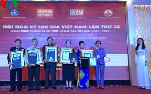 tin tức mới cập nhật hôm nay đề cập đến Việt Nam có thêm 5 kỷ lục thế giới