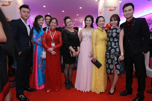 tin tức mới cập nhật ngày 28/11: Các nghệ sĩ Việt Nam nhiều thế hệ hội tụ trong Liên hoan phim quốc tế Hà Nội