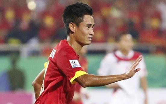 tin tức mới cập nhật ngày 29/11: Tiền vệ Vũ Minh Tuấn là mắt xích quan trọng trong đội hình của ông Miura