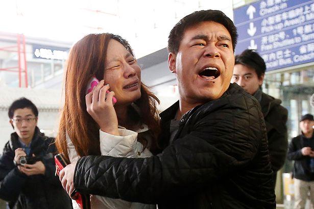 Nỗi đau tột cùng của thân nhân hành khách có mặt trên máy bay mất tích MH370
