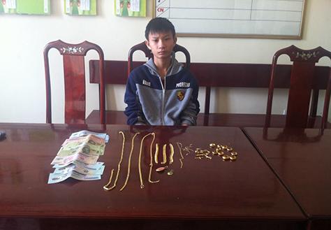 Trong những tin pháp luật 24h qua có vụ trộm 62 chỉ vàng để mua điện thoại di động ở Hà Tĩnh