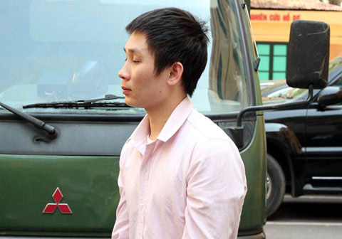 Lĩnh 3 năm tù vì 8 chiếc quần lót là vụ án hy hữu được các báo pháp luật đồng loạt đưa tin