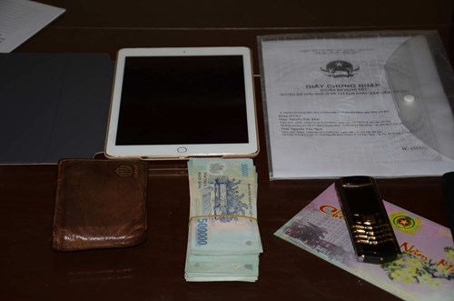 Tổng số tài sản mà anh Quân được lực lượng chức năng tỉnh Thừa Thiên Huế trao trả, theo những tin pháp luật 24h qua