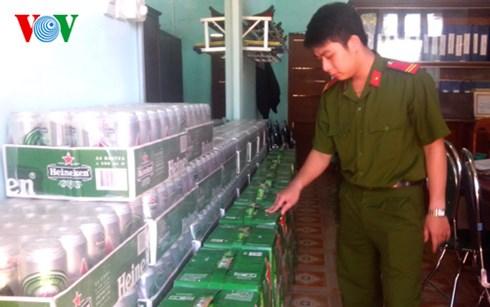 Hàng lậu được lực lượng chức năng huyện Hướng Hóa thu giữ, theo những tin pháp luật mới nhất hôm nay