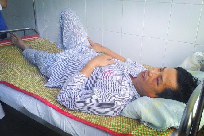 Trong những tin tức pháp luật mới nhất hôm nay có vụ nhân viên bệnh viện bị hành hung vì dẹp câu trộm điện