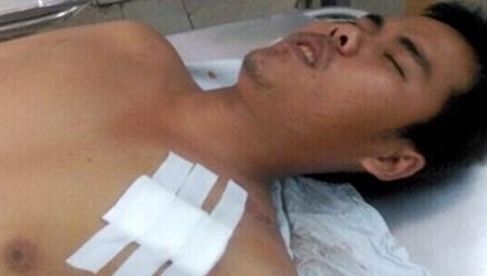 Đồng chí Nguyễn Thương Hoài tại bệnh viện
