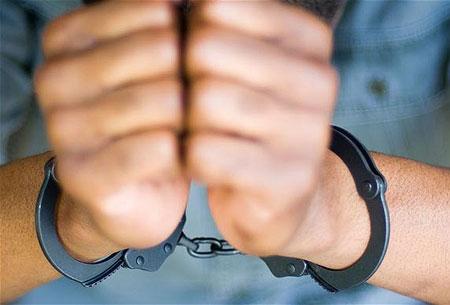 Bắt cán bộ hải quan tiếp tay buôn lậu là một trong những tin tức pháp luật mới nhất hôm nay