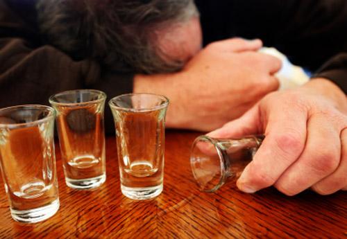 Tin tức pháp luật mới nhất về vụ cha say rượu gây ra cái chết của con
