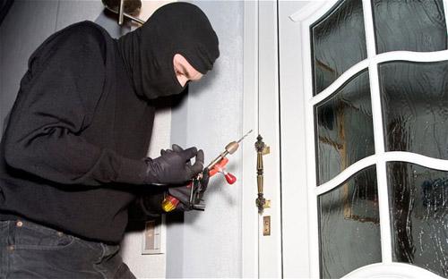 Nạn trộm cắp đang diễn biến ngày một phức tạp, theo những tin tức pháp luật mới nhất hôm nay