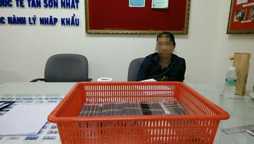 Bà Kim cùng số iPhone 5S nhập trái phép, theo những tin pháp luật mới nhất hôm nay