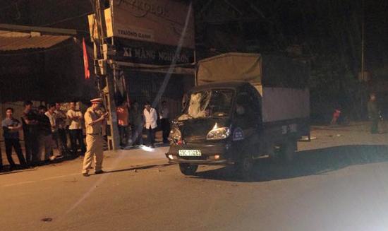 Hiện trường vụ tai nạn giao thông khiến hai thanh niên chết thảm