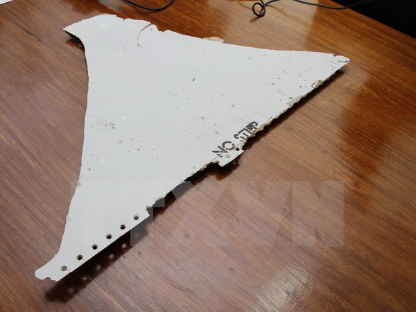tin tức thời sự 24h ngày 20/4 đề cập đến việc tìm thấy mảnh vỡ của máy bay mất tích bí ẩn MH370