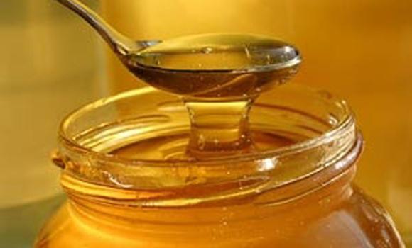 Tin tức trong ngày 22/3: Tử vong vì mật ong trộn