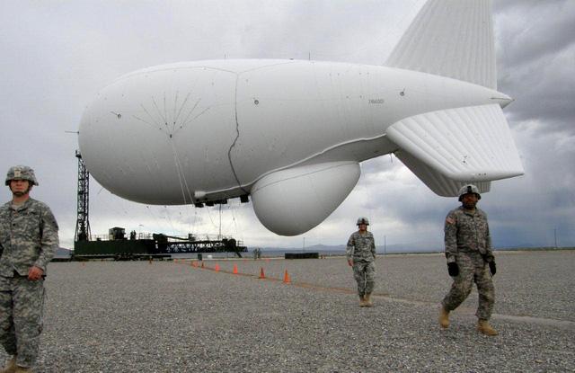 Khí cầu quân sự của Mỹ sẽ giúp Philipines theo dõi tình hình Biển Đông. Ảnh: hereandnow