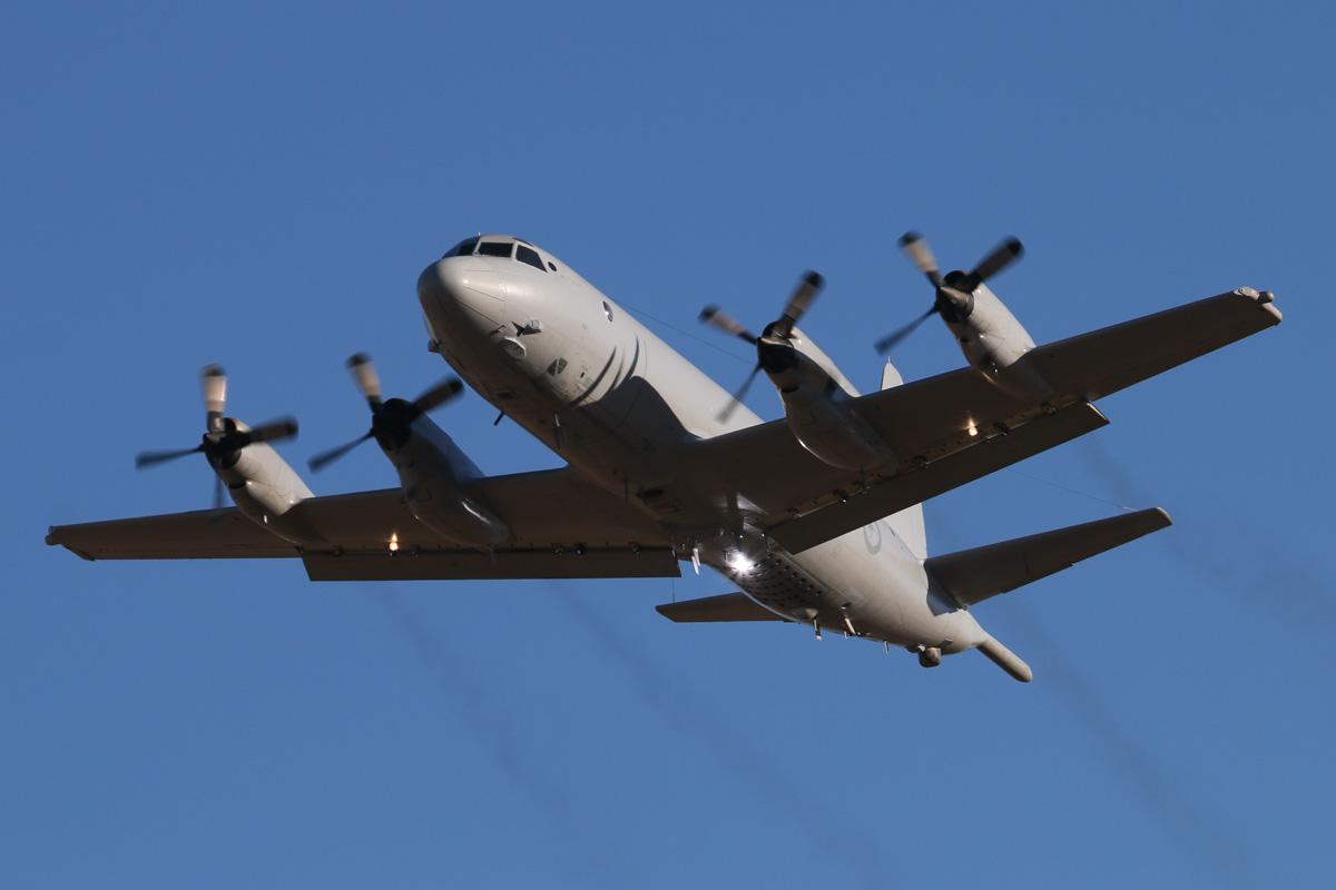 Bất chấp điều đó, Bộ Quốc phòng Australia tuyên bố vẫn sẽ tiếp tục bay tuần tra ở Biển Đông