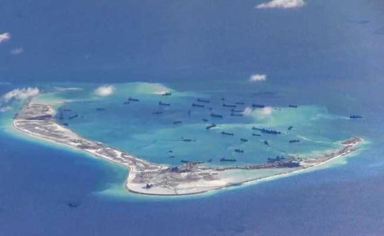 Việc Trung Quốc tăng cường hoạt động cải tạo, xây dựng trái phép ở Biển Đông khiến các nước trong và ngoài khu vực quan ngại