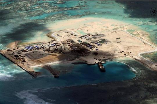 Trung Quốc đang cải tạp trái phép bãi Đá Châu Viên thuộc quần đảo Trường Sa của Biển Đông Việt Nam
